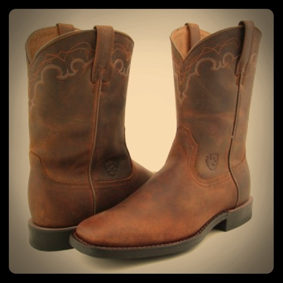 Ariat Shoes - NEW Ariat Women's Blackwater Cowgirl Boots